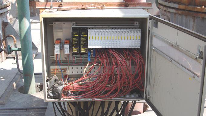 Intrinsically Safe Field Communication - Turck USA